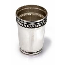 Серебряная стопка хю-0700344