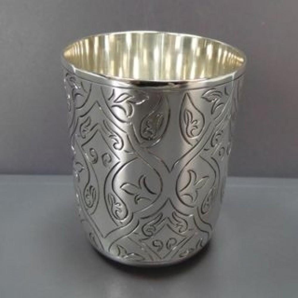Серебряная стопка хю-080244