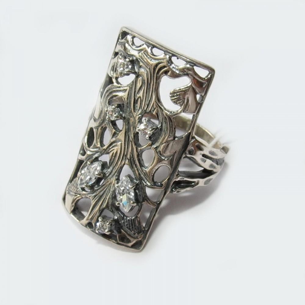 Серебряное кольцо бр-2111313