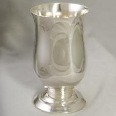 Серебряный стакан для воды ХЮ-080632