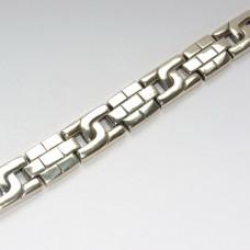 Серебряный браслет для мужчины без вставок бр-00200