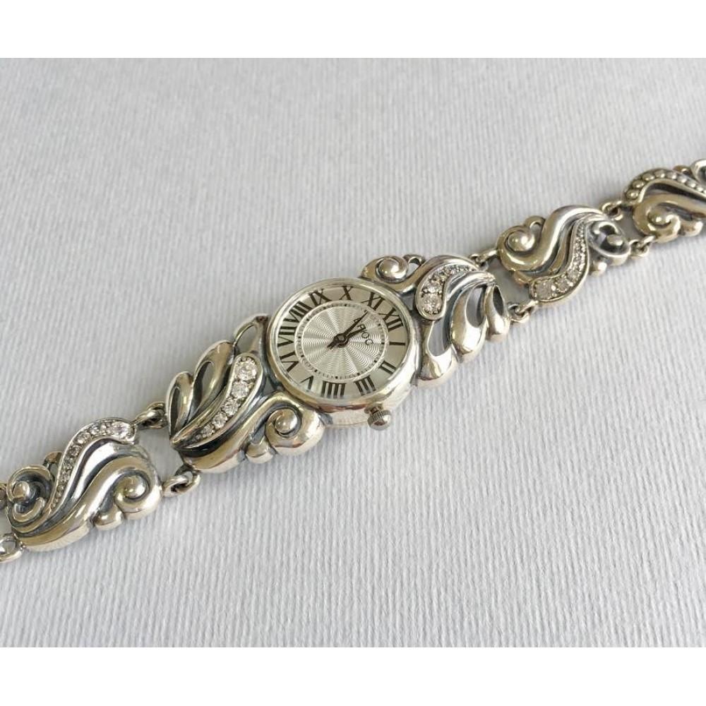 Часи жіночі на срібному браслеті бр-7110053